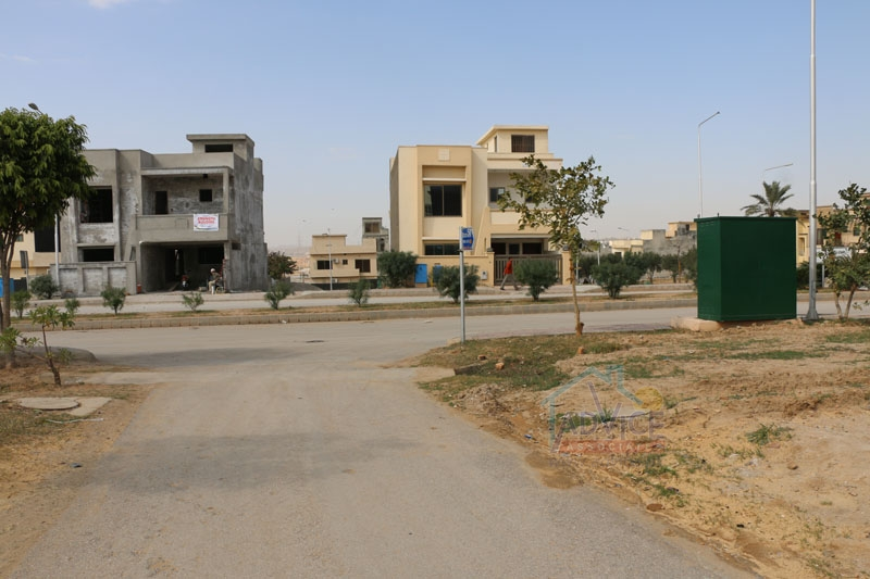 7 Marla plot For Sale Bahria town