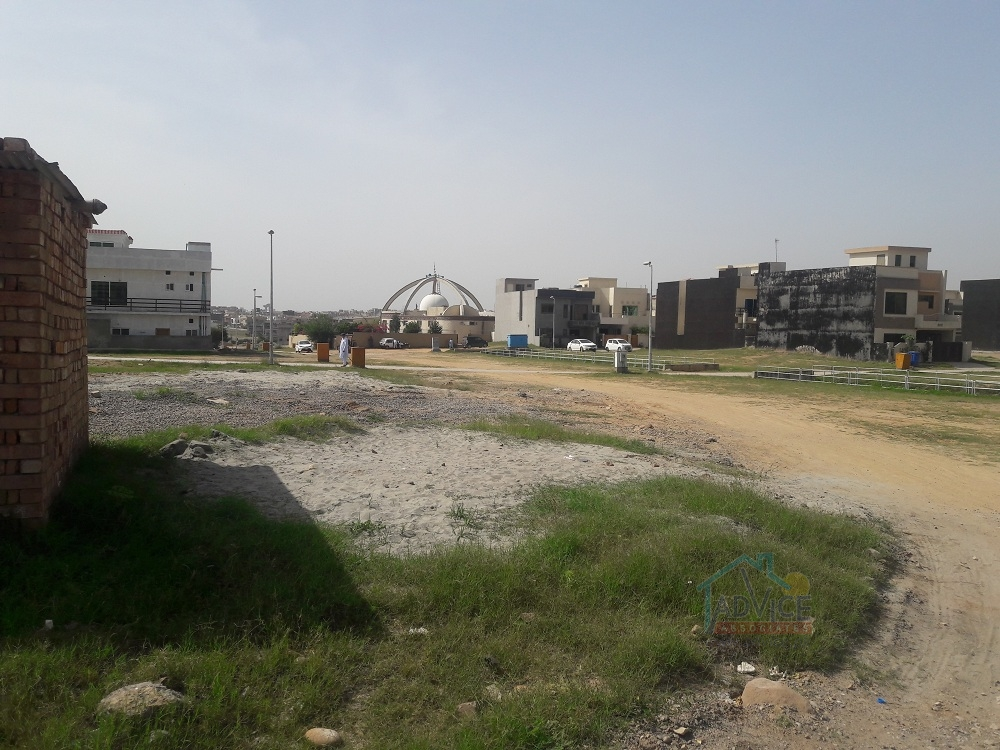 Bahria town 7 Marla plot For Sale Abubaker Block Map+Possession paid