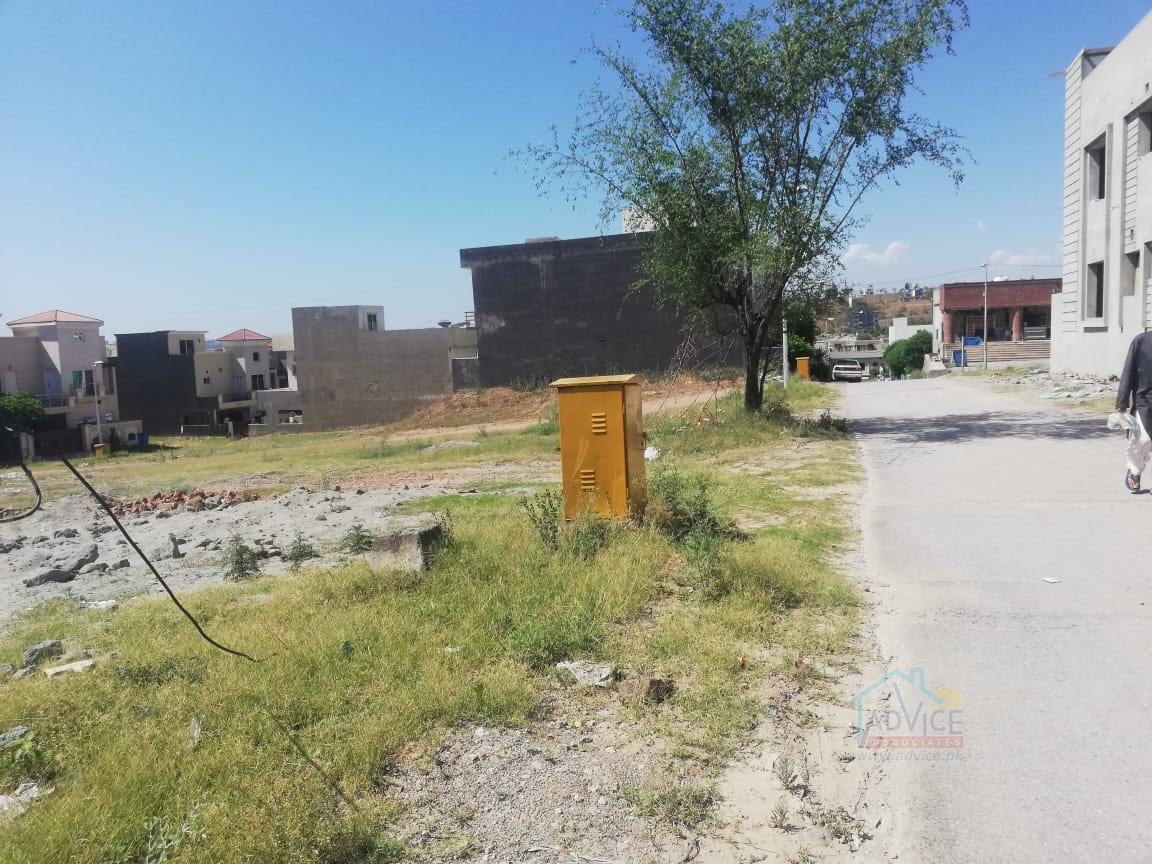 Bahria town 7 Marla plot For Sale Abubaker  Block
