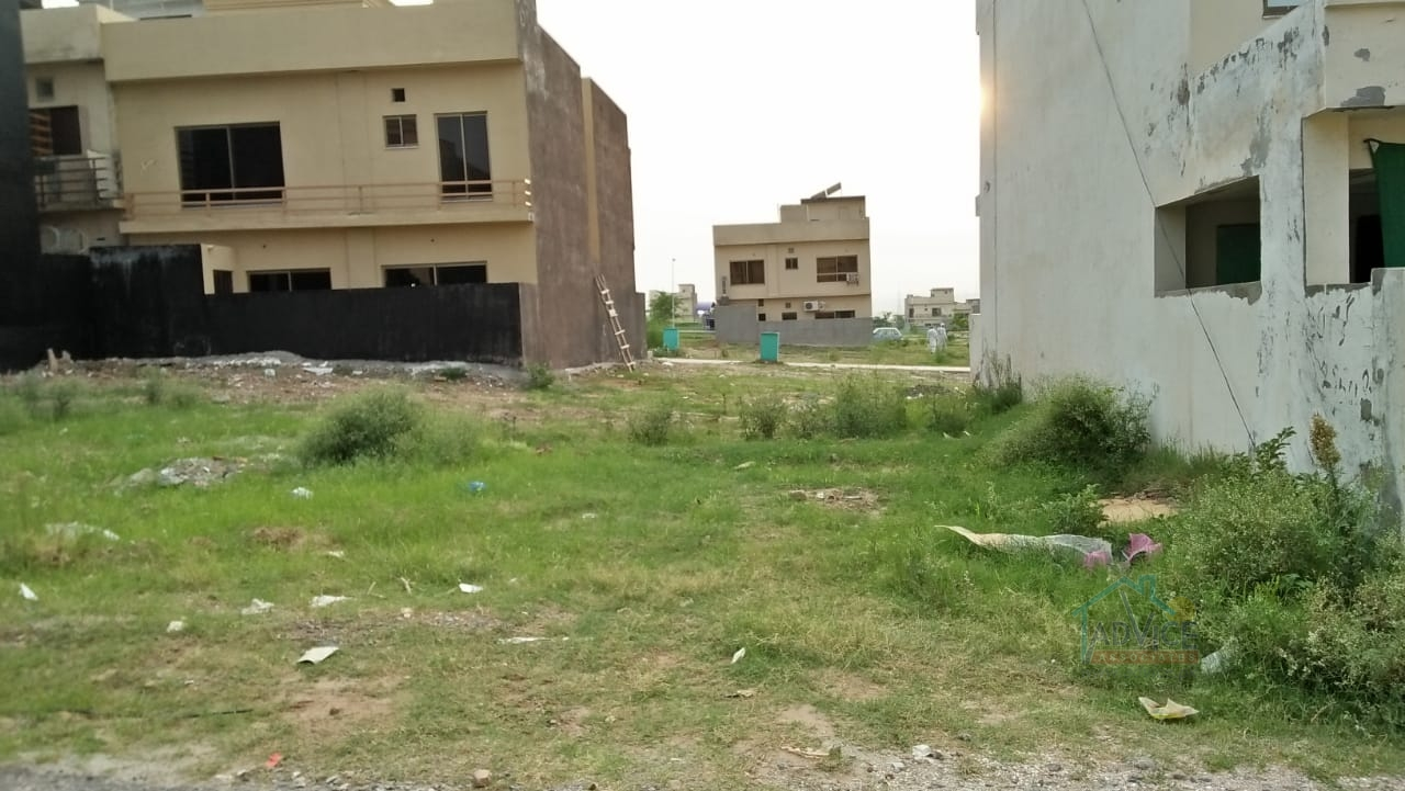 Bahria Town 7 Marla Plot For Sale