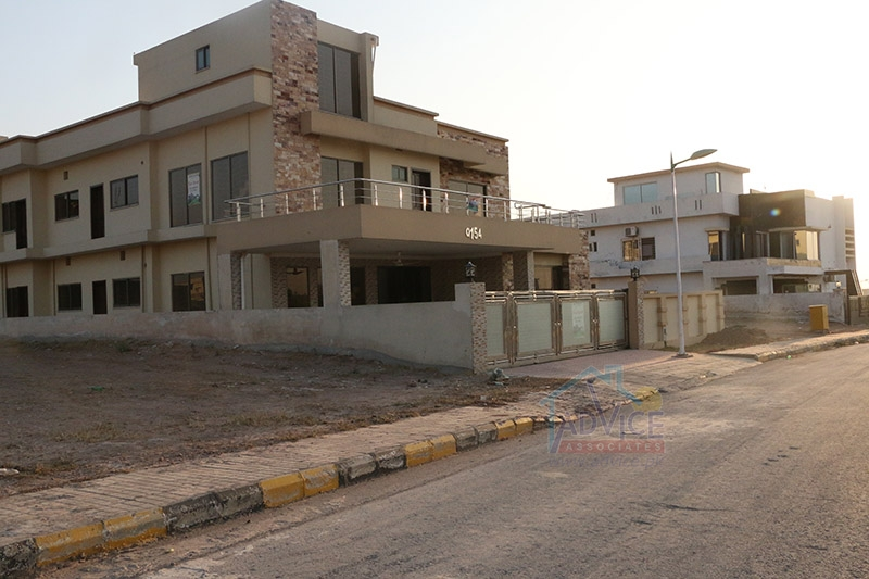 22 marla Safari Valley Usman D Block Plot for Sale | Advice.pk