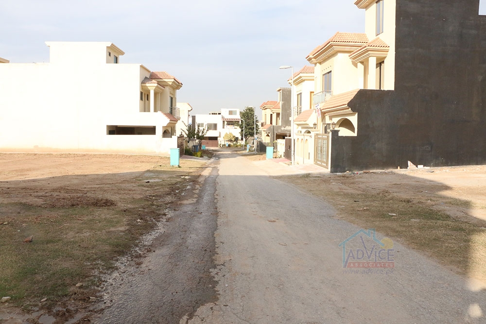 7 marla Safari Valley Usman Block Plot for Sale | safarivalley.com